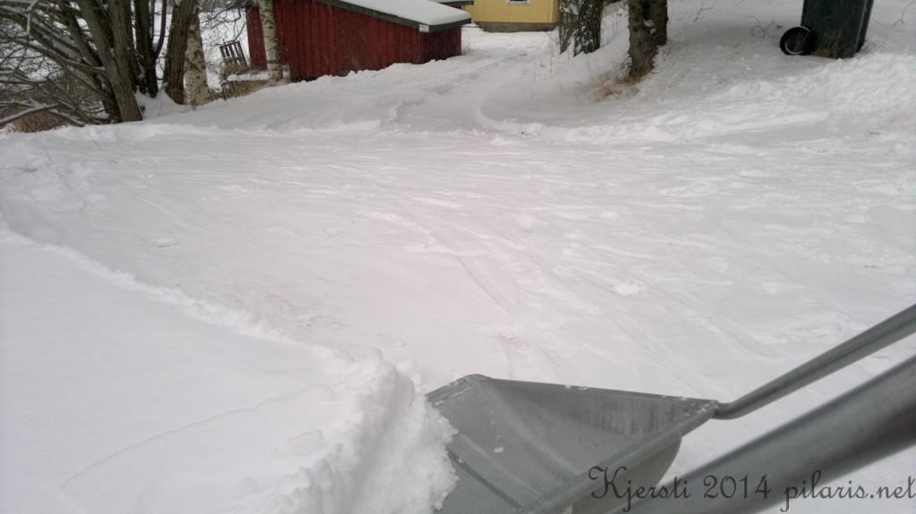 2 140214 300114 Snømåking innkjørsel